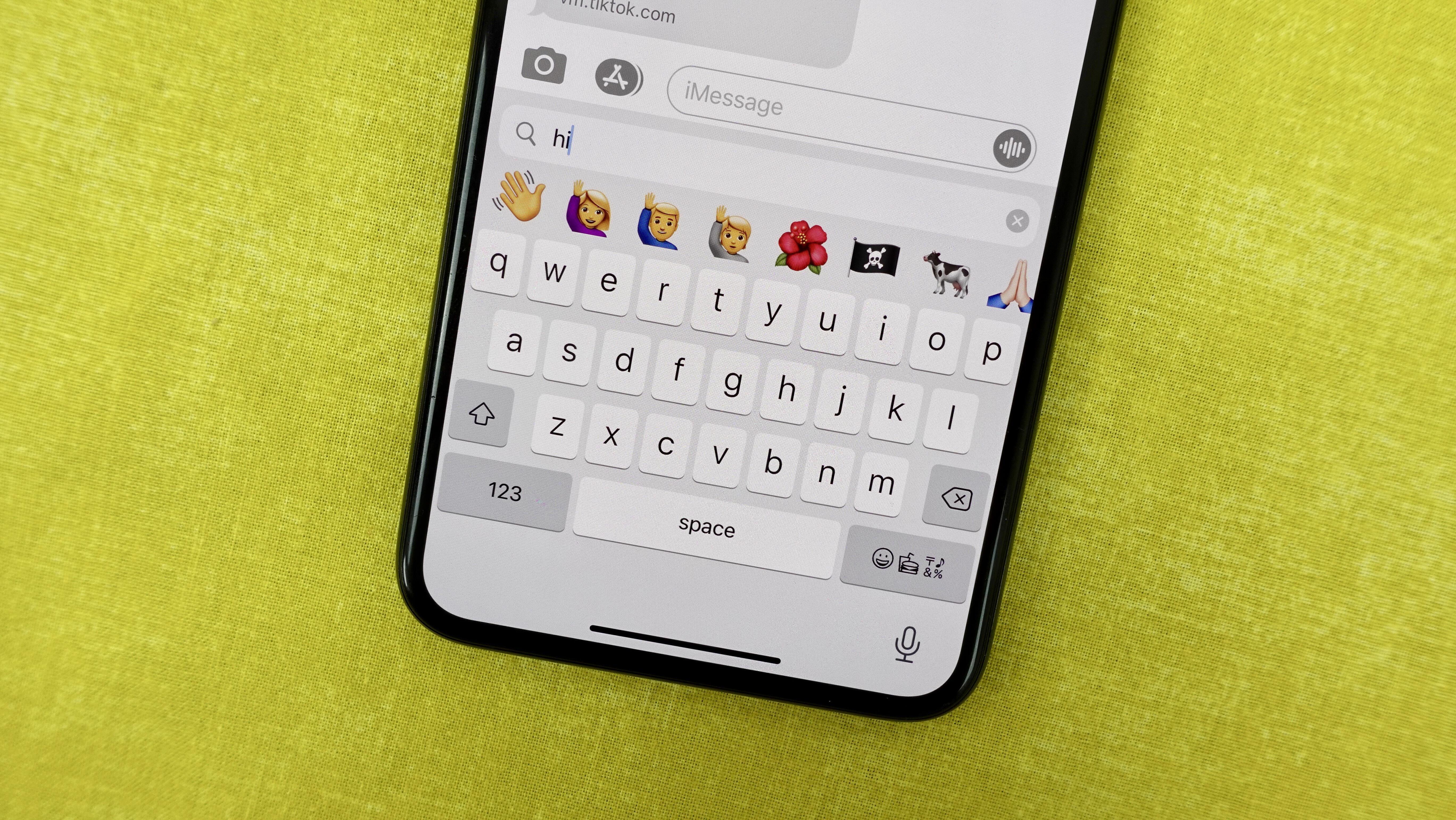recherche-clavier-emoji-ios-14