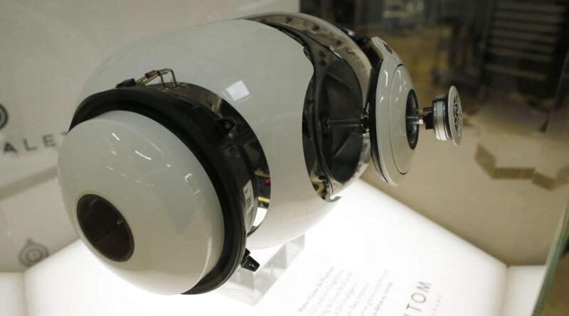Devialet s'offre le luxe de devenir grand public avec de nouveaux écouteurs sans fil