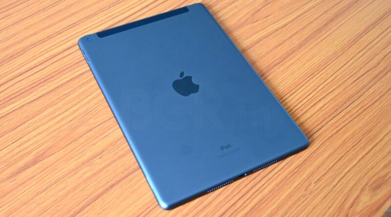 Apple iPad 8th Gen (9)