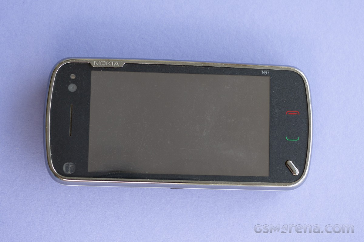 Flashback: Nokia N97 était un `` tueur d'iPhone '' qui a plutôt aidé à tuer Nokia