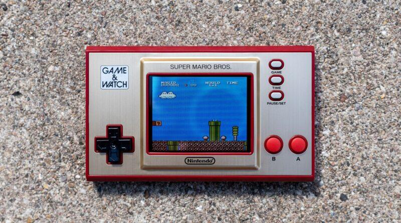 Nintendo's Super Mario Bros. Game & Watch est un retour en arrière pour les collectionneurs