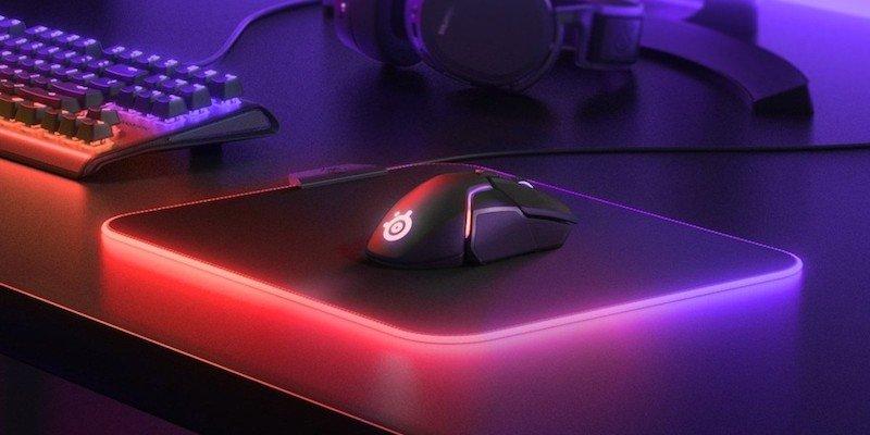 Tapis de souris gaming moyen en tissu Prism de SteelSeries QcK