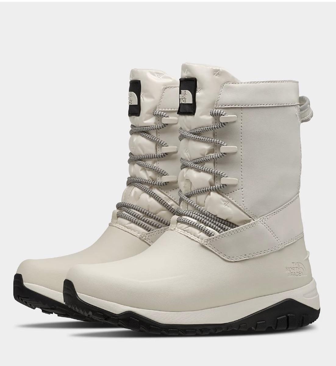 bottes de randonnée blanches north face