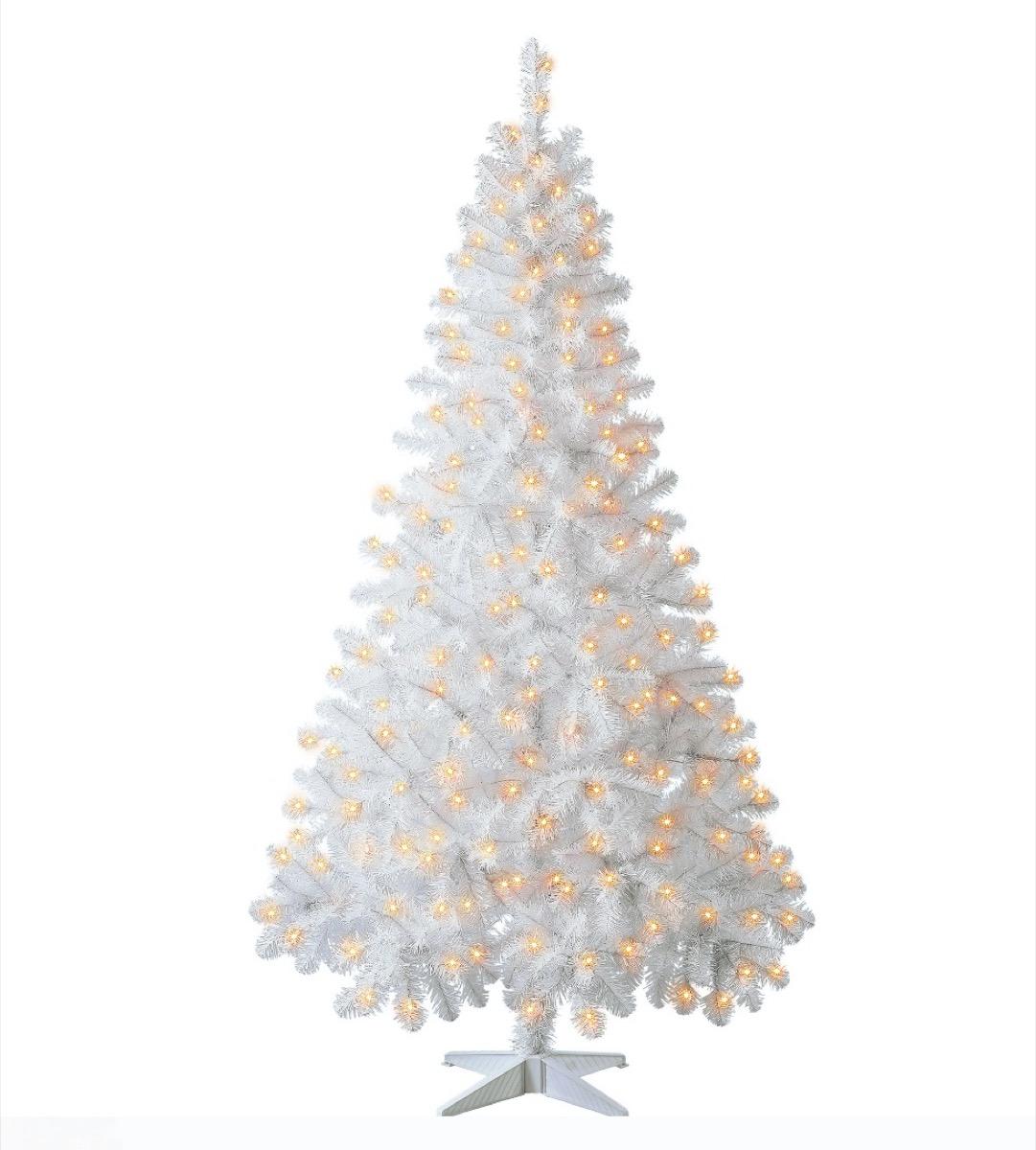 arbre de noël artificiel blanc avec des lumières