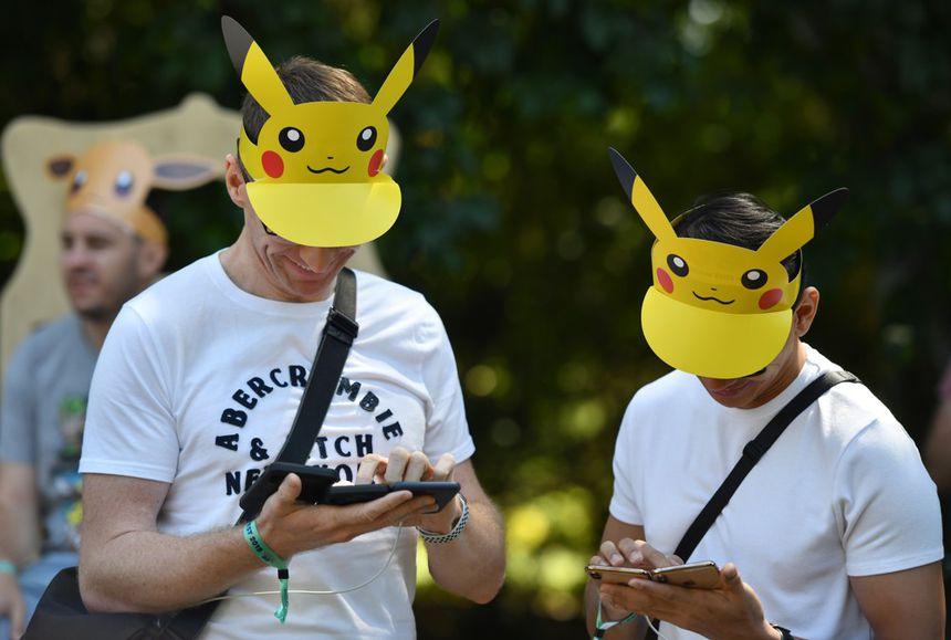 Des utilisateurs du jeu Pokemon GO.