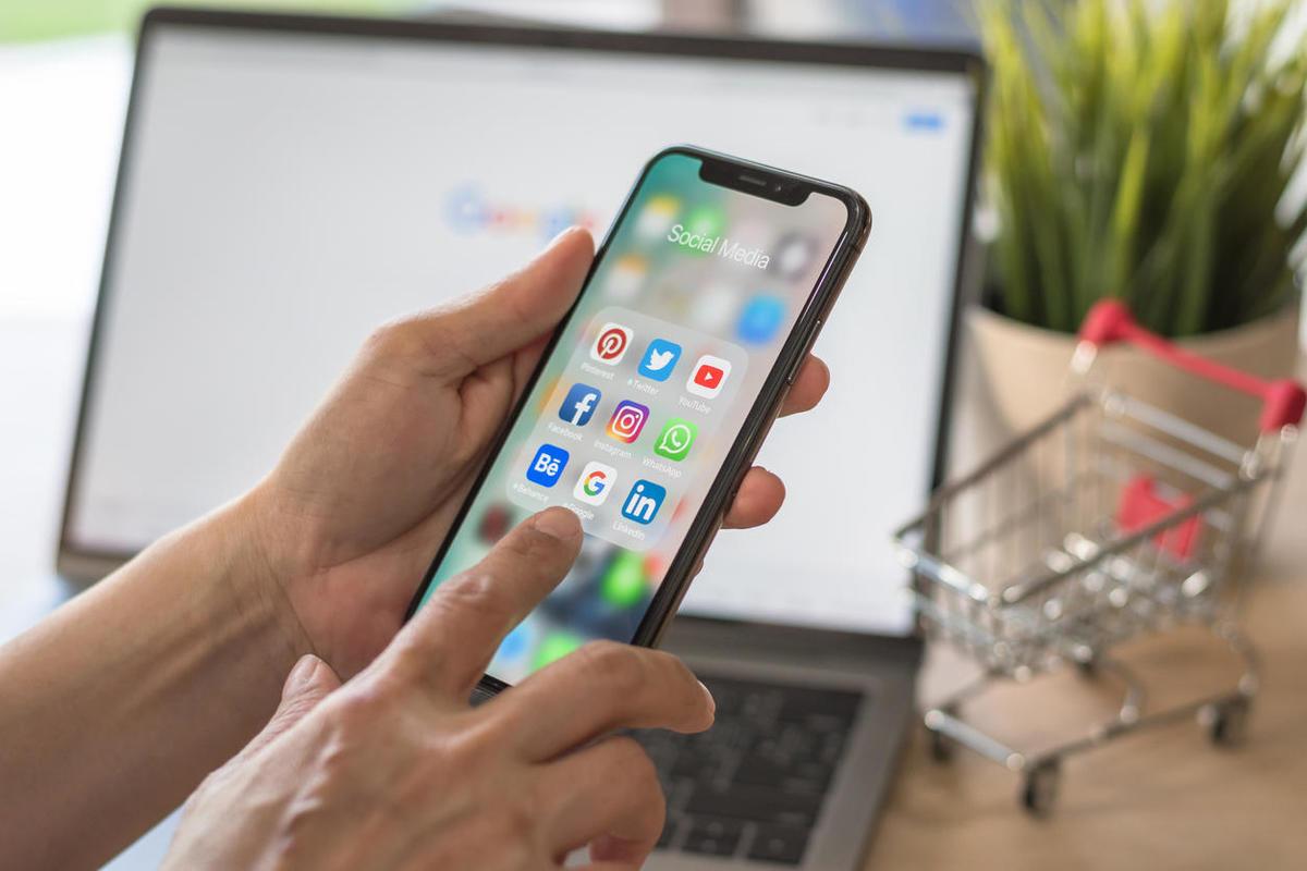 Partage de données utilisateur: Facebook se prépare à des poursuites contre Apple