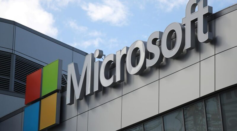 Microsoft to Take Smaller Cut From Video Game Developers: Report