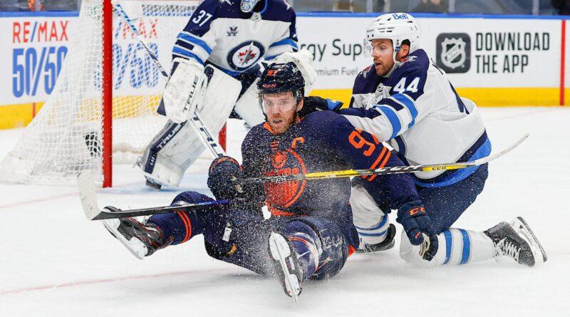 Les jets gardent un œil sur McDavid dans la victoire du match 1 contre les Oilers