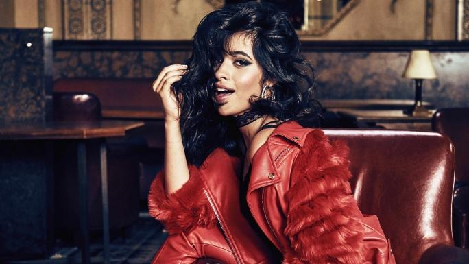Camila Cabello humiliée par les Fifth Harmony, son single Havana bat un nouveau record