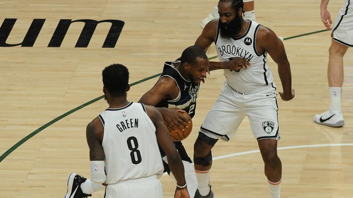 Khris Middleton a sorti le grand jeu face aux Nets lors du Game 6.