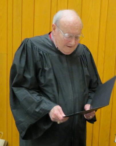Ancien juge, conseiller municipal a rappelé avec émotion