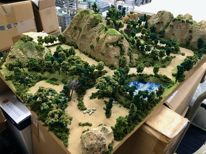 L'un des dioramas fabriqués à la main de Fantasian dans la vraie vie.