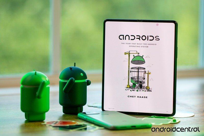 Héros de critique de livre d'androïdes