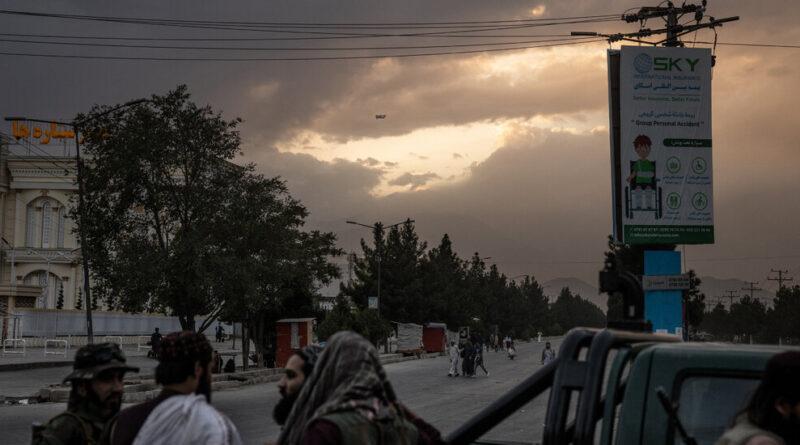 En Afghanistan, une fin sans cérémonie et un début obscur