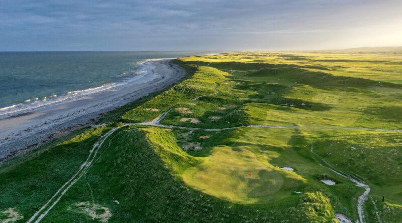 «Le paradis du golf» dans les Hébrides extérieures en Écosse